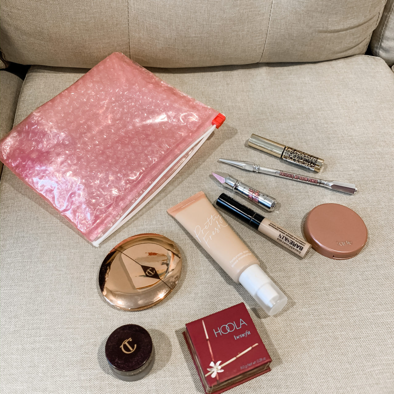 What's in my Makeup Bag: Quick Weekend Trip Home